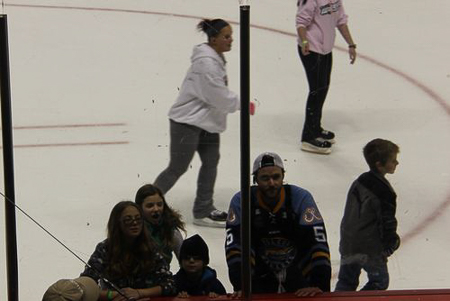 Hockey Ice Skating Madness 4