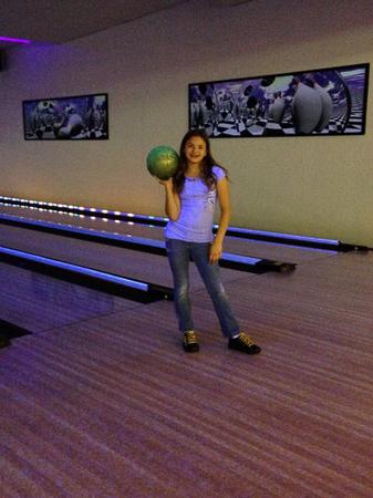 glow bowling 3