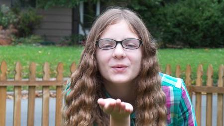 emerson pretty hair 2